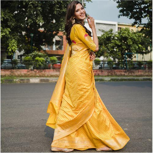 Chana Patti Banarasi Handwoven Silk Saree